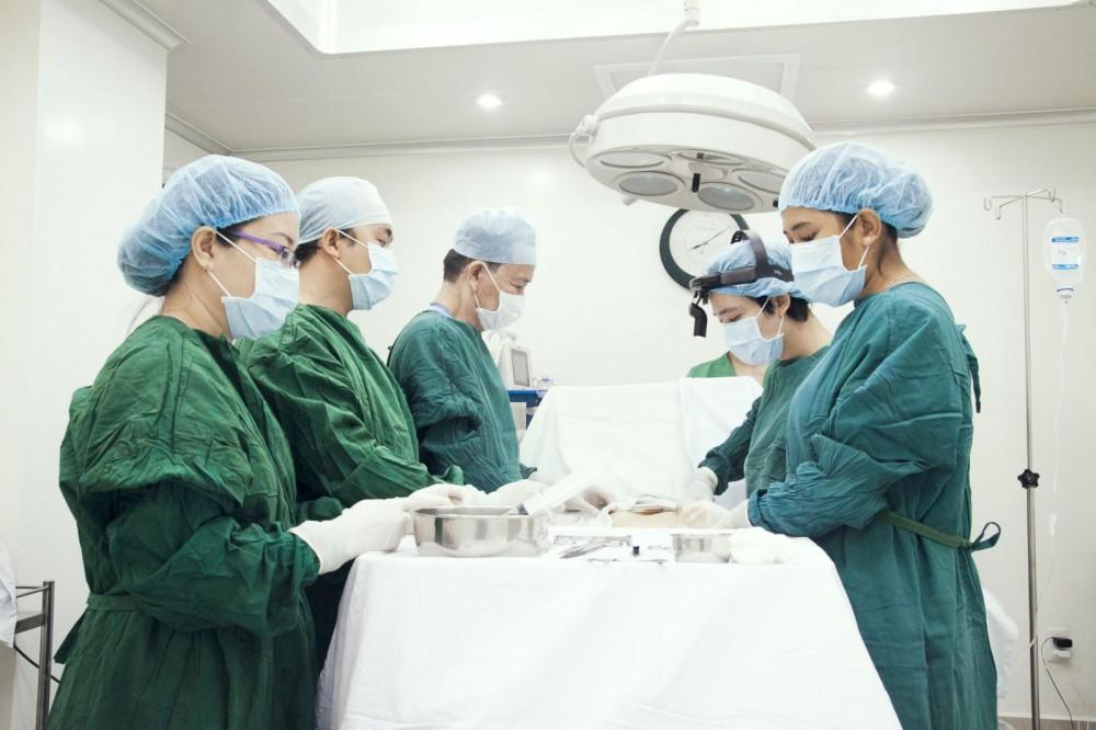 phẫu thuật trĩ