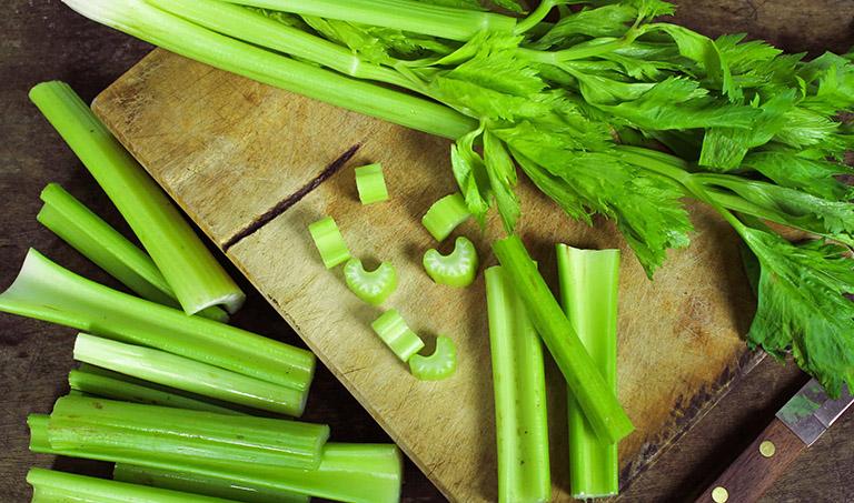 bệnh gout nên ăn rau cần