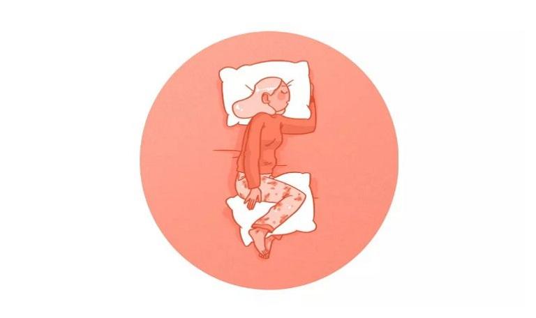 Nằm nghiêng là lựa chọn hợp lý cho cách ngủ không đau lưng.