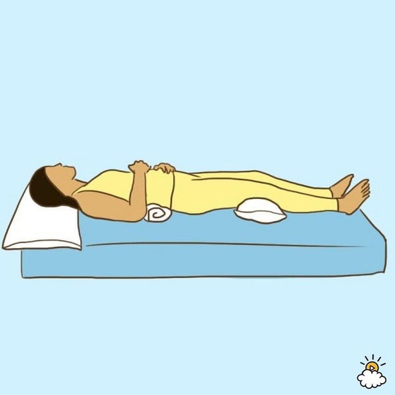 Tư thế nằm ngửa phù hợp cho người đau lưng
