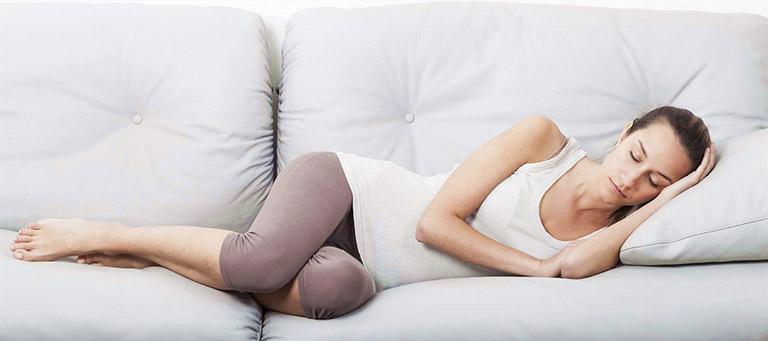 tư thế ngủ có ảnh hưởng đến hệ tiêu hóa