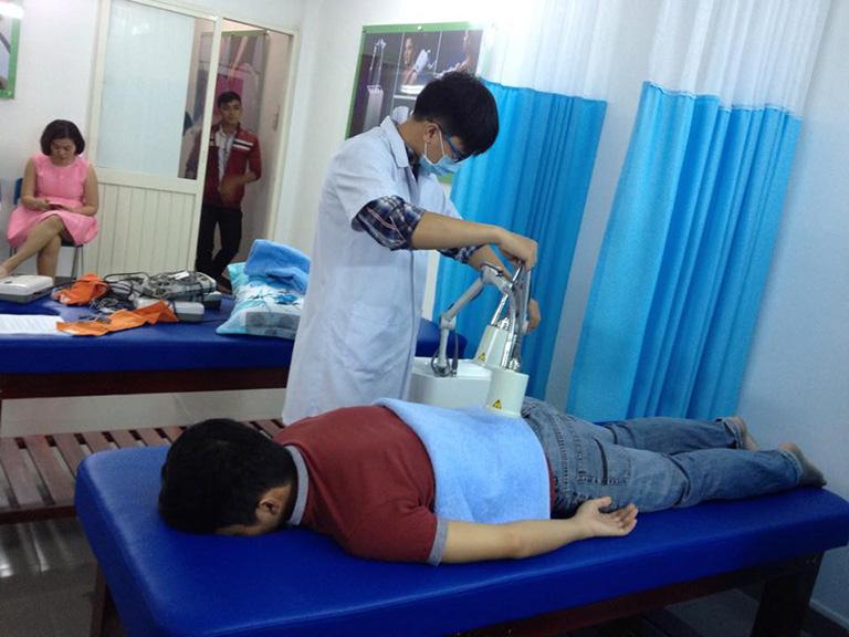 Vật lý trị liệu điều trị gai cột sống lưng