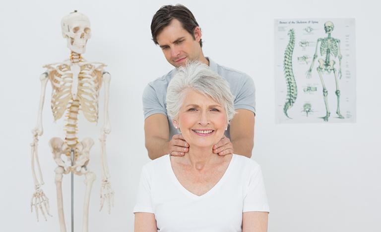 chữa gai cột sống bằng vật lý trị liệu