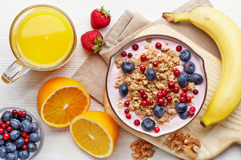 Vì sao nên ăn nhiều rau quả và trái cây mỗi ngày?