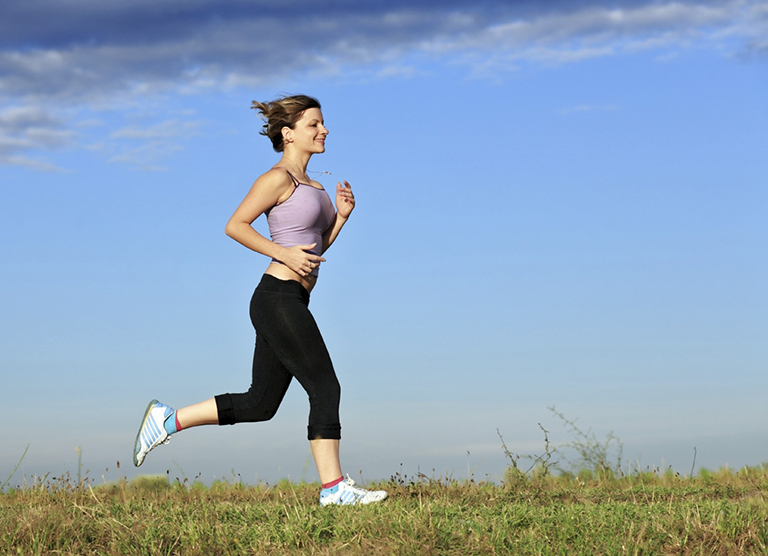 Tập luyện thường xuyên giúp bạn xây dựng và duy trì thói quen tập thể dục mỗi ngày