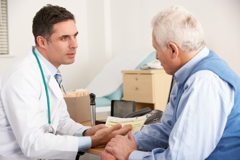 Trong quá trình điều trị bằng thuốc Metodex, nếu cơ thể có bất kỳ triệu chứng khác lạ nào, bệnh nhân nên đến gặp bác sĩ để khai báo.
