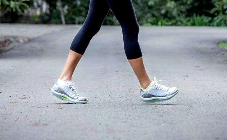 khắc phục thoái hóa cột sống lưng bằng tập thể dục