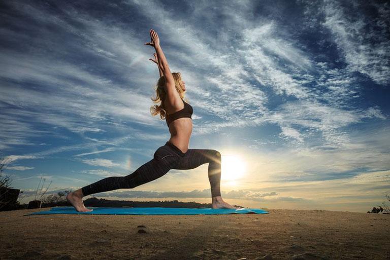 yoga cho người đau khớp gối