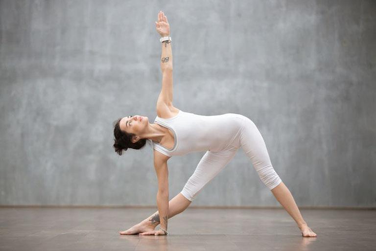 yoga trị đau khớp gối