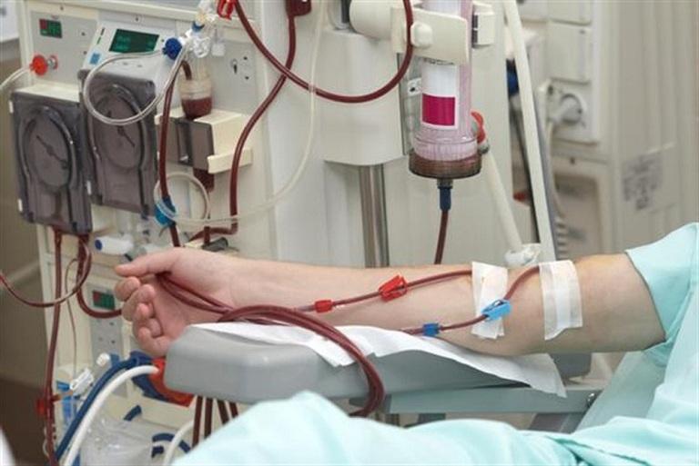 Chạy thận nhân tạo điều trị bệnh suy thận mạn giai đoạn cuối