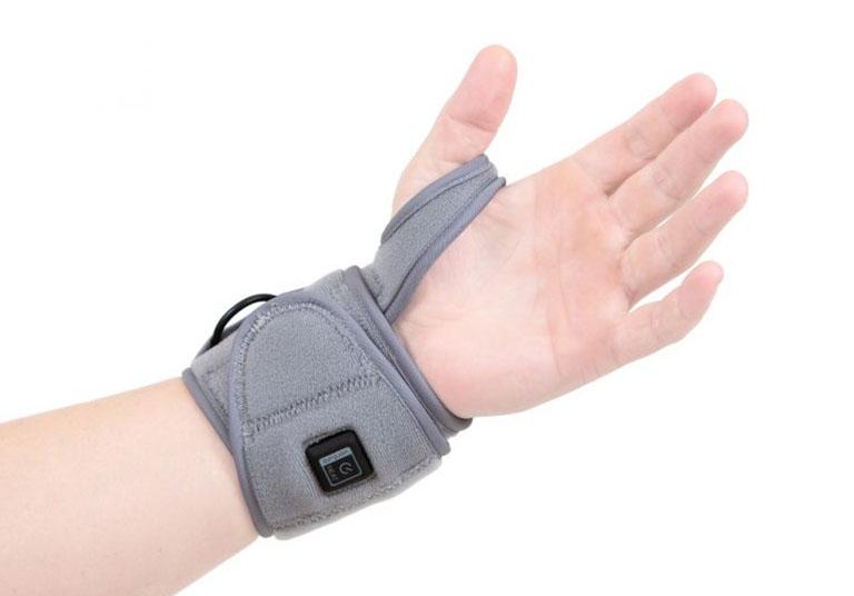 đau xương cổ tay là bệnh gì