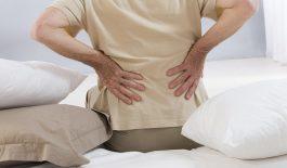 đau nhức lưng khi ngủ ban đêm