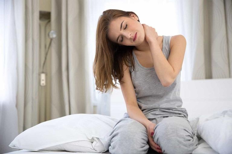 Đau lưng mỏi cổ vai gáy là dấu hiệu của bệnh gì?