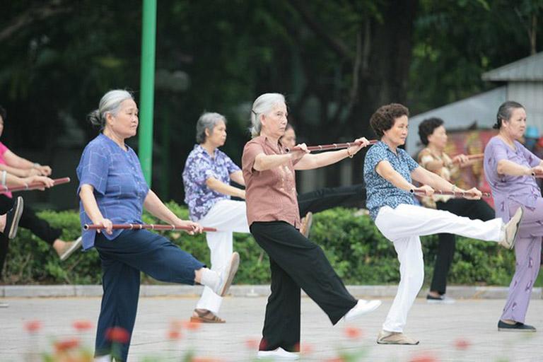 Tập các bài tập thể dục phù hợp giúp ngăn ngừa bệnh đau dây thần kinh tọa