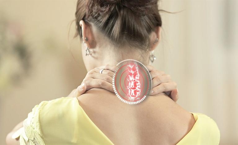 đau vai gáy là bệnh gì