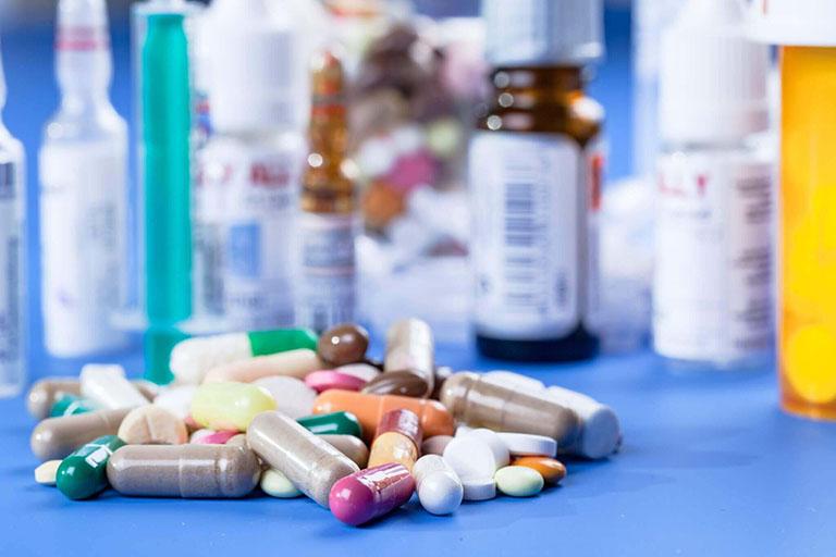 thuốc isotretinoin 10mg giá