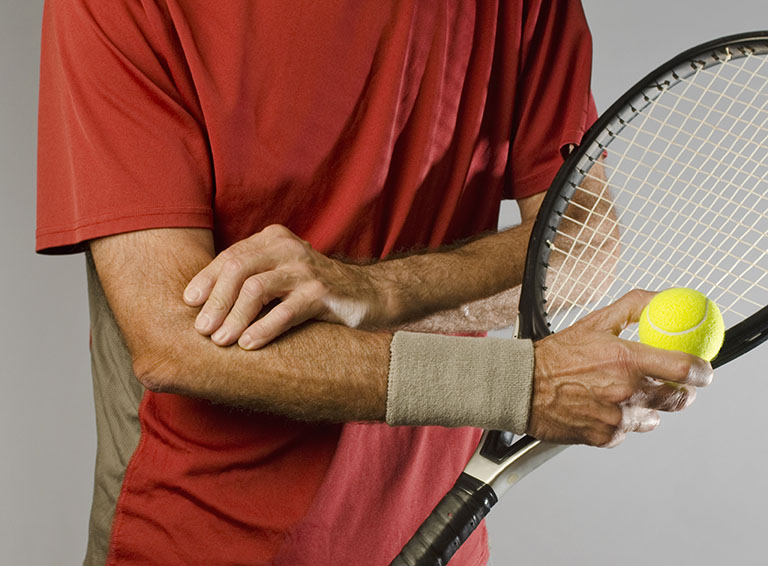 đau nhức khớp khuỷu tay