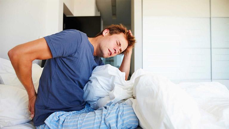 Nguyên nhân gây đau lưng ở nam giới