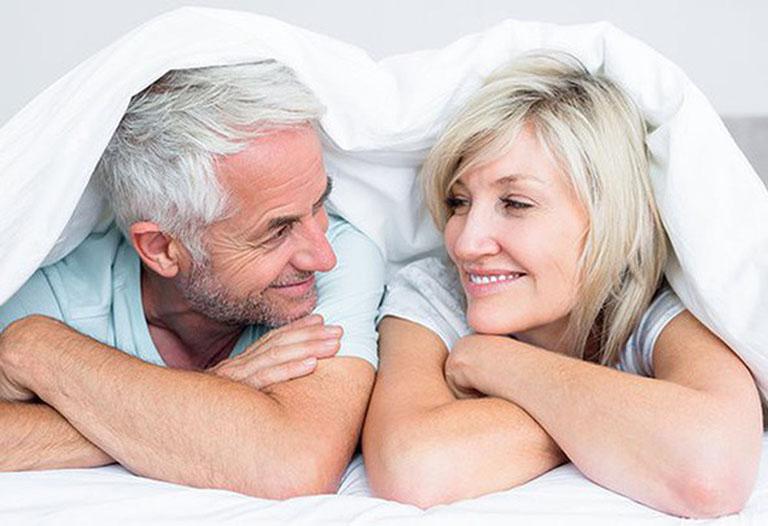 đau thần kinh tọa có quan hệ tình dục được không