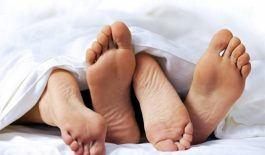 Quan hệ tình dục từ 3 - 4 lần một tuần có thể điều trị sỏi thận tự nhiên