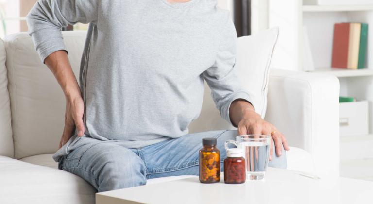 Lạm dụng thuốc Tây là một trong những nguyên nhân gây ra bệnh suy thận.