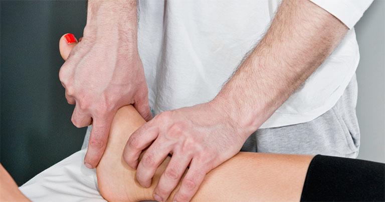 dấu hiệu thoái hóa khớp cổ chân