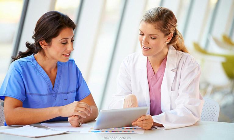 Cần tham khảo ý kiến bác sĩ trước khi sử dụng thuốc Tacropic