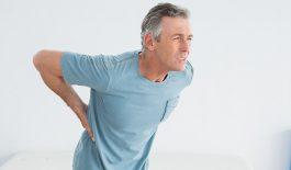 cách khắc phục đau lưng cho người già