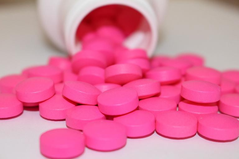 Bệnh nhân bị ung thư bàng quang cần sử dụng thuốc giảm đau phù hợp