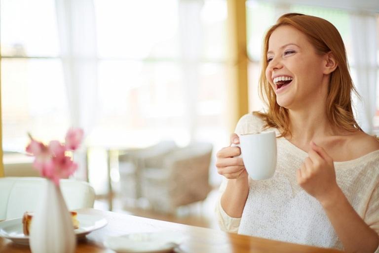 Uống nước nóng mang lại nhiều lợi ích không ngờ cho sức khỏe