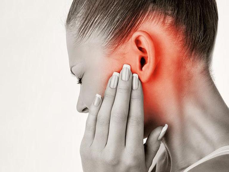 Tìm hiểu nguyên nhân khiến viêm tai giữa tái phát nhiều lần và cách phòng bệnh
