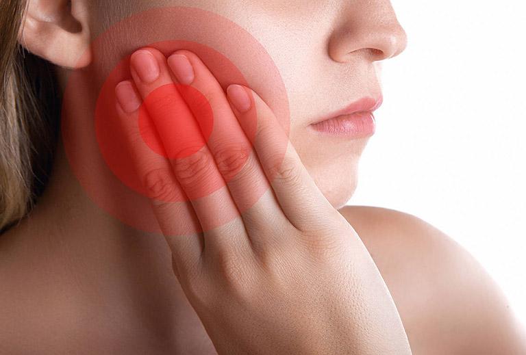 triệu chứng của viêm tủy xương hàm