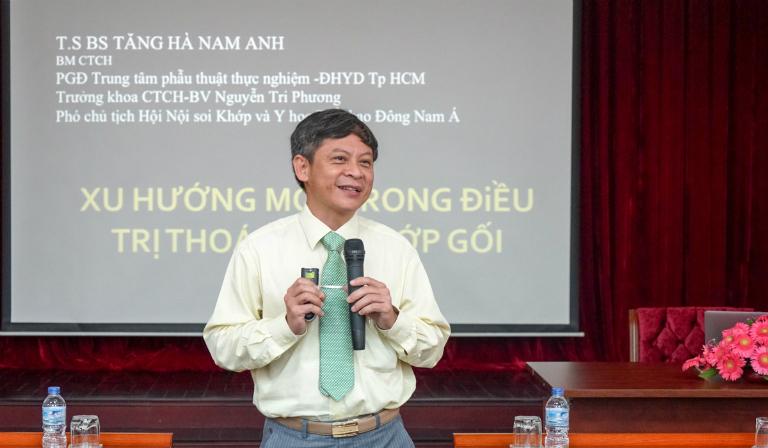 Bác sĩ Tăng Hà Nam Anh có hơn 40 năm kinh nghiệm trong khám và điều trị bệnh về xương khớp.