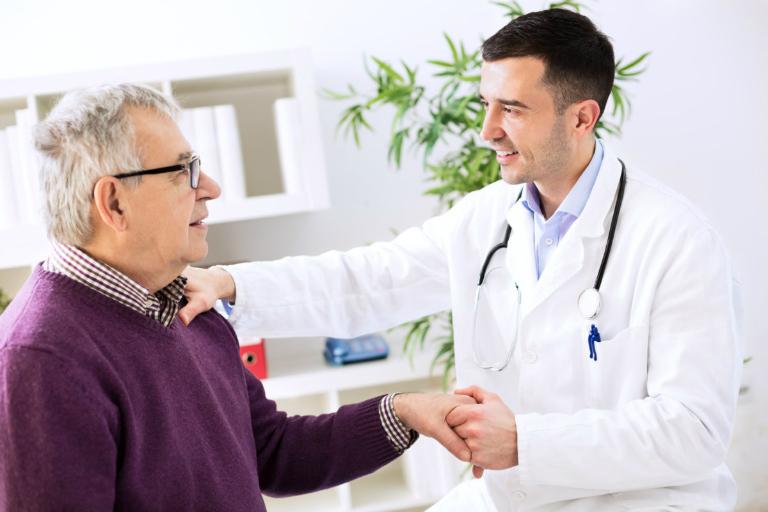 Bạn nên đến bác sĩ để tái khám nếu gặp phải các triệu chứng khác thường nào trong quá trình dùng thuốc Meken.