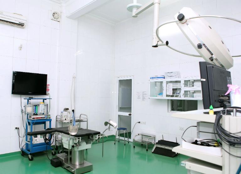 Phòng khám Đa khoa Chợ Đệm có đầy đủ các trang thiết bị y tế, dụng cụ y tế cần thiết.