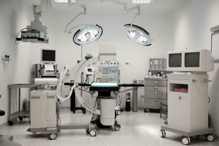 Phòng khám Đa khoa Thành Đức có đội ngũ bác sĩ giàu kinh nghiệm, cung cấp nhiều dịch vụ y tế chất lượng và có đầy đủ các dụng cụ, máy móc, thiết bị y tế hiện đại.