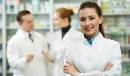 Phòng khám Đa khoa Yên Hòa có nhà thuốc riêng, sẵn sàng phục vụ, cung cấp thuốc men cho bệnh nhân khi bác sĩ yêu cầu.