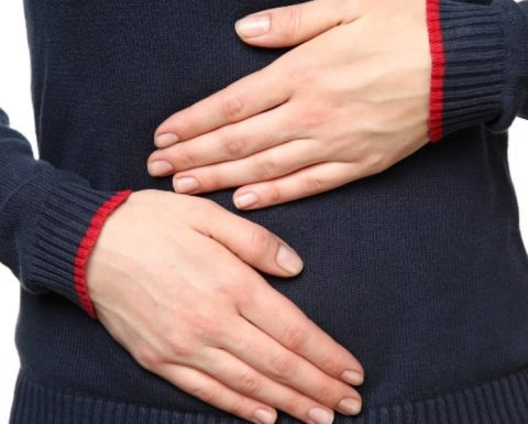 Đau dạ dày xuất hiện do nhiều nguyên nhân khác nhau