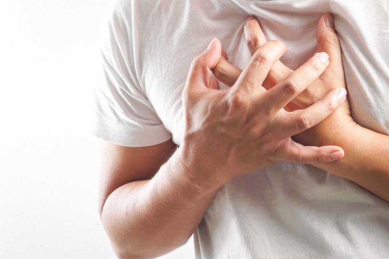 Chống chỉ định với các đối tượng đang mắc phải các bệnh lý về tim