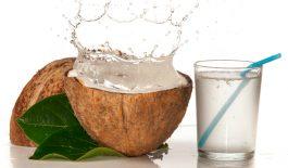 Nước dừa mang lại nhiều lợi ích cho sức khỏe và có thể điều trị được bệnh gout.