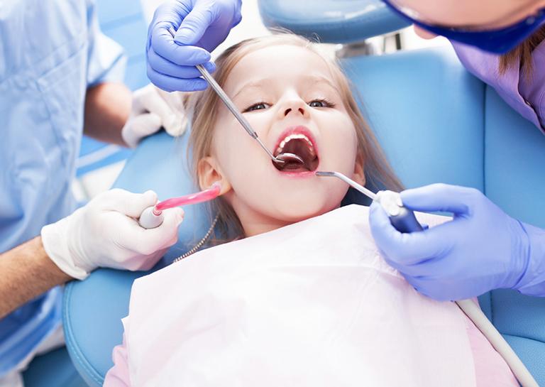 Dịch vụ khám chữa bệnh tại Phòng khám Răng Hàm Mặt - Bác sĩ Đỗ Văn Công