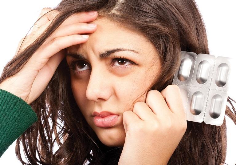 Tác dụng phụ thường gặp khi dùng Nebilet là đau đầu, mệt mỏi