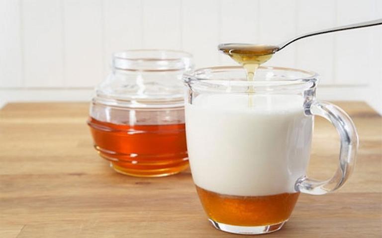 Cách ăn sữa chua trị trào ngược dạ dày