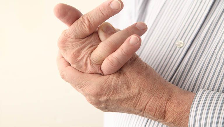 triệu chứng phong tê thấp