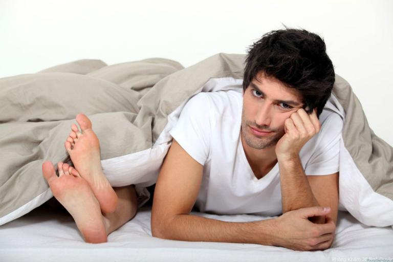 Trứng vịt lộn có tác dụng bồi bổ khí huyết, tăng cường sức khỏe, giúp phái mạnh cải thiện đời sống tình dục.