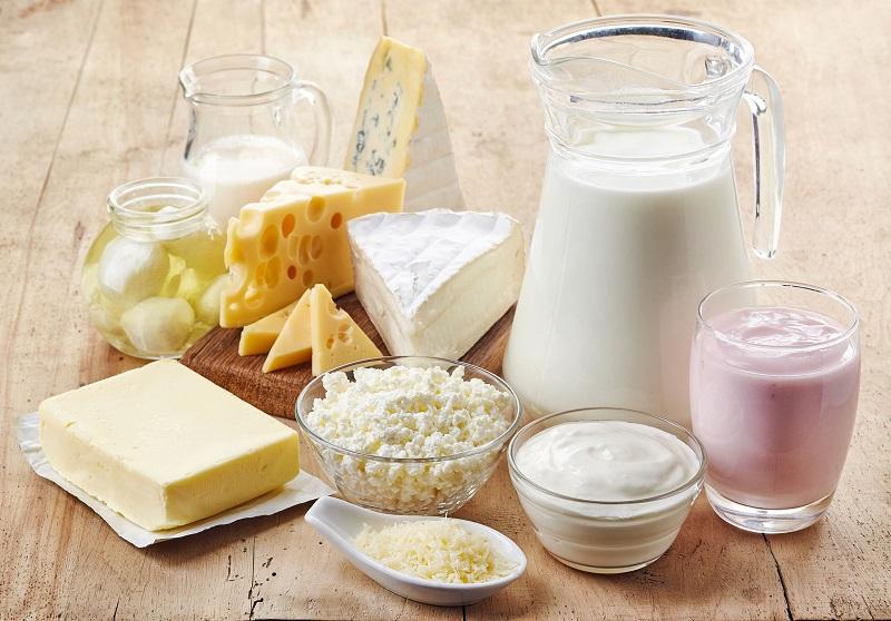 Cần chú ý: Lượng đường lactose trong sữa có thể khiến bạn đầy bụng, khó tiêu