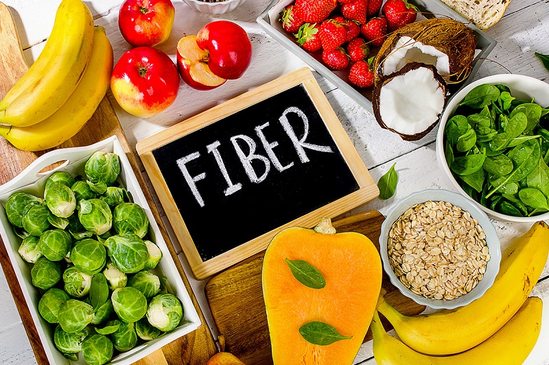Thực phẩm giàu chất xơ là một trong những nhóm dưỡng chất cần thiết giúp bạn cải thiện bệnh trĩ và táo bón