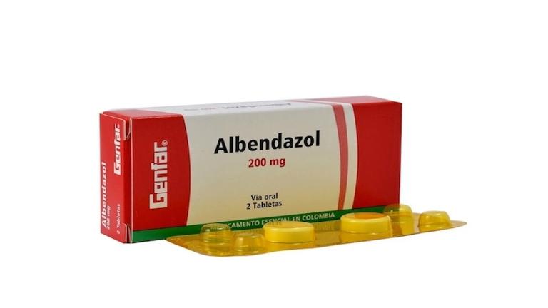 Thuốc Albendazol là thuốc dùng để diệt giun, ký sinh trùng ở đường ruột.