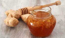 Sự kết hợp mật ong và nước cốt gừng có thể giúp chữa khỏi bệnh trào ngược axit dạ dày.