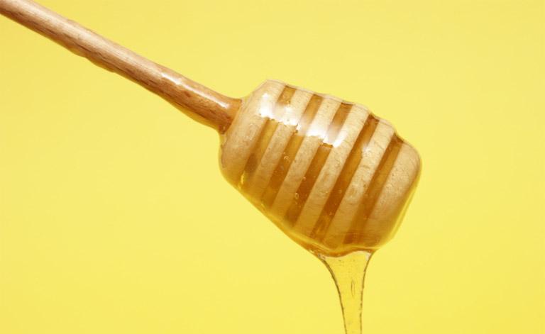 trị viêm xoang bằng mật ong